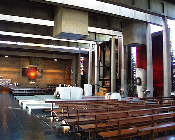 st_michaels_interior_lge